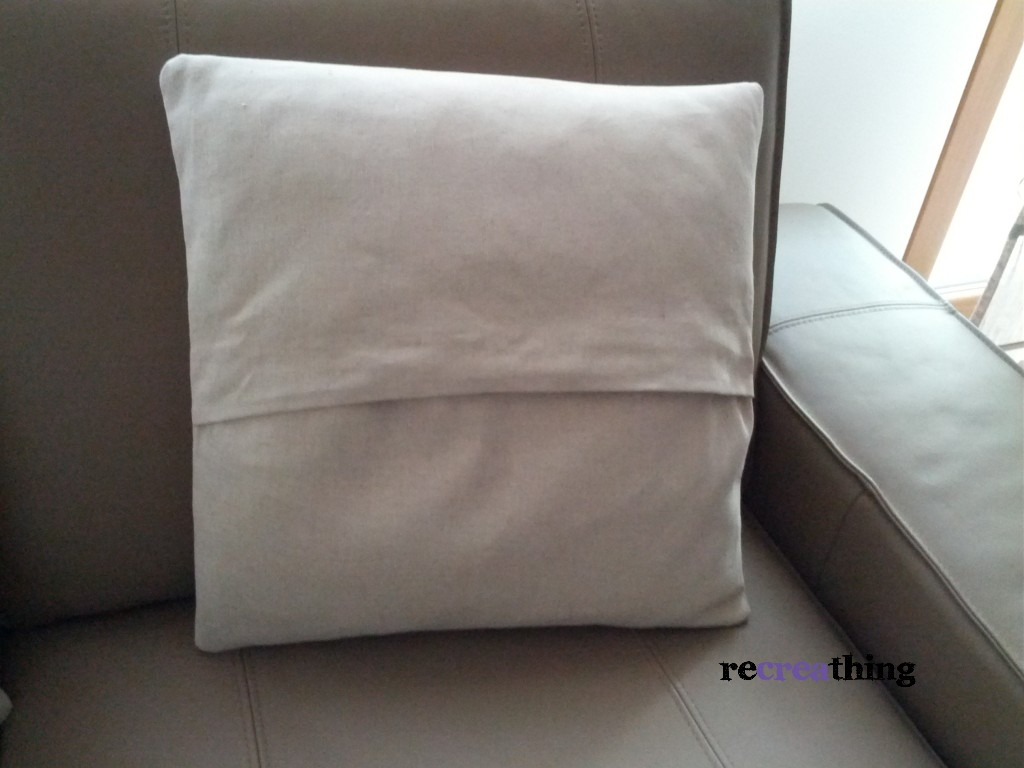 Cuscini per divani idee per il design della casa - Cuscini per divani design ...