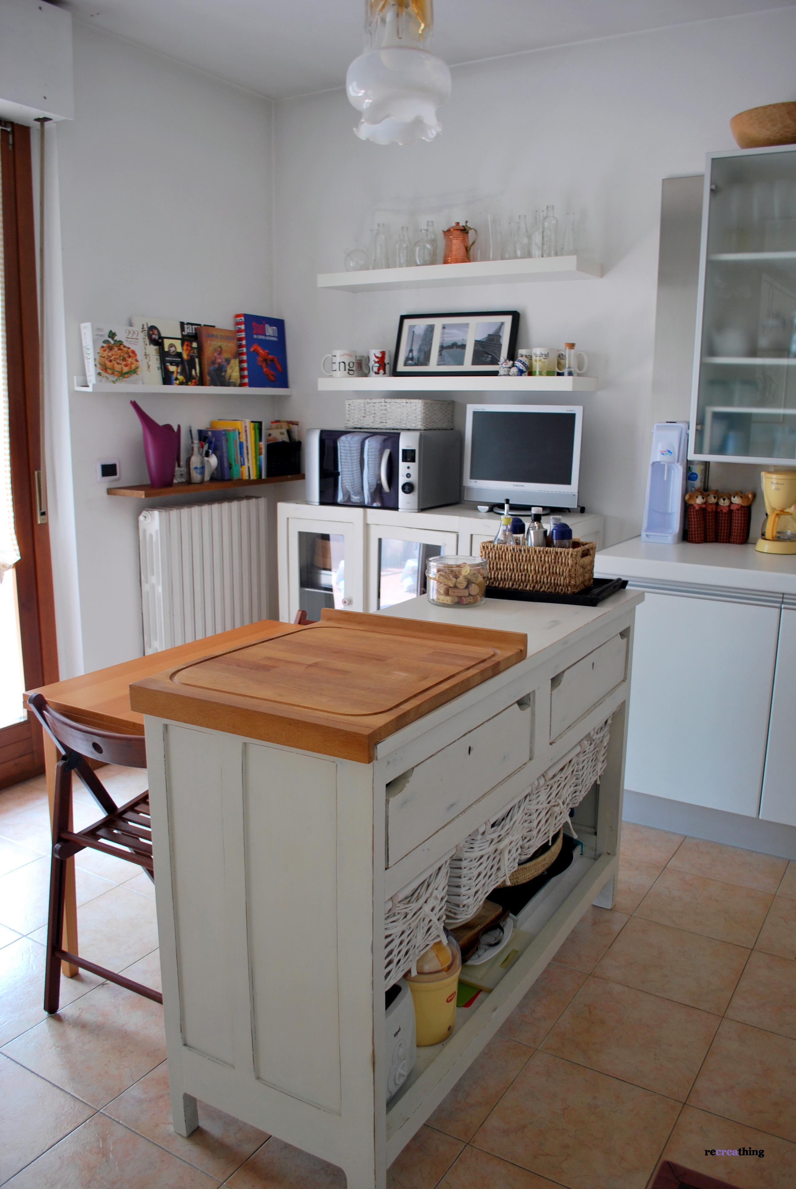 vovell.com | tris tavolini colorati x soggiorno - Ripiani Cucina Ikea